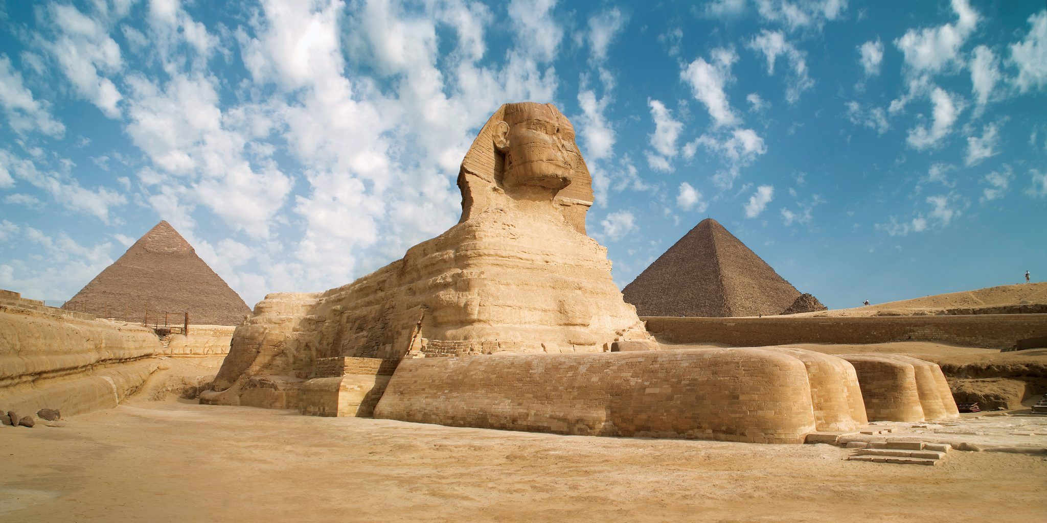 25 Strange Facts About The Pyramids Of Egypt Very Few Know