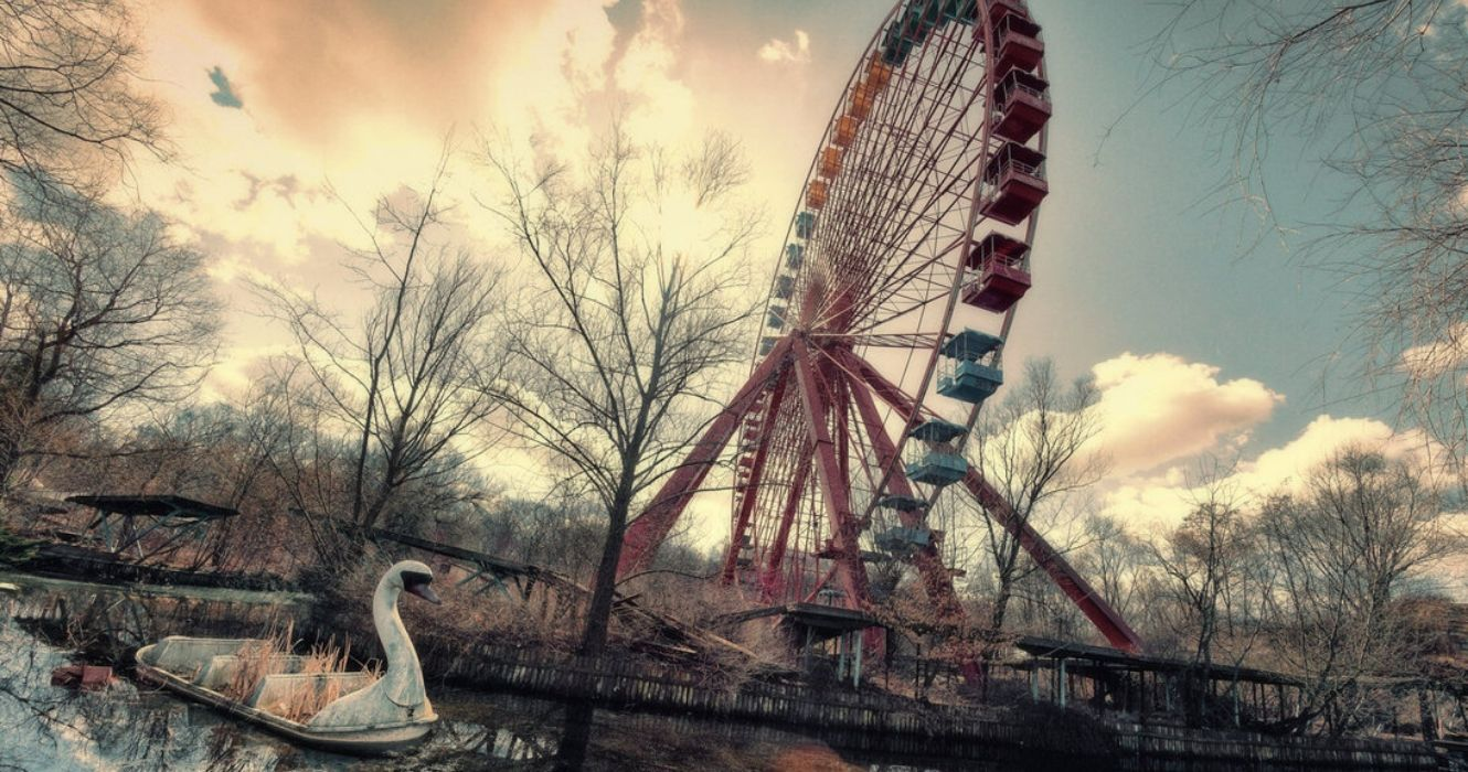 These Photos Of Rides Were Captured At Abandoned Theme Parks